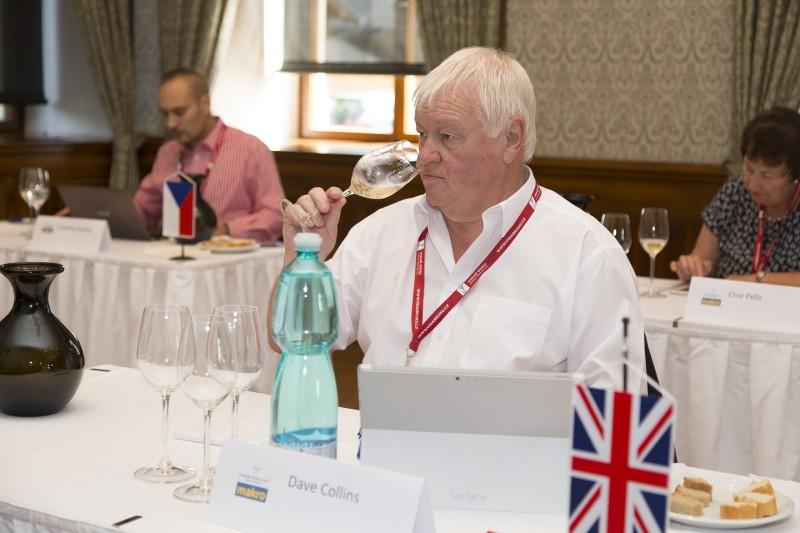 Dave Collins Velká Británie