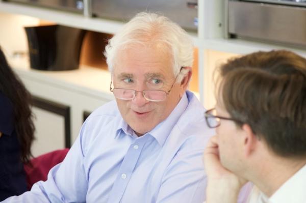 Christopher Burr MW v komisi VR